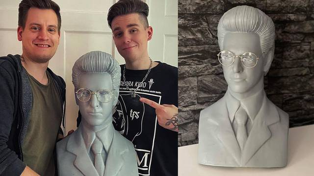 Check out this incredible Harold Ramis bust