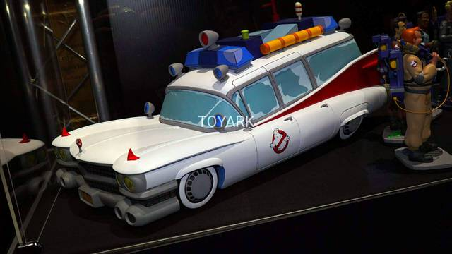 Chronicle Collectibles reveal Real Ghostbusters Ecto-1 at SDCC