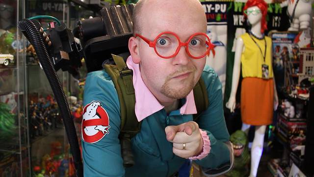 EARLY REVIEW: Real Ghostbusters Egon Spengler costume from Spirit Halloween!