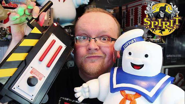 EXCLUSIVE REVIEW: Spirit Halloween's Ghost Trap & 20 inch Stay Puft Marshmallow Man!