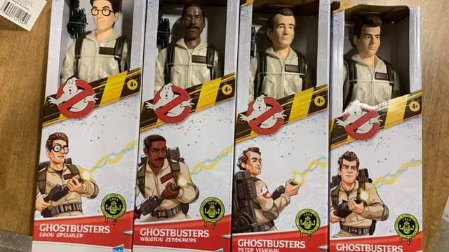 First look at Hasbro's 12″ Ghostbusters figures