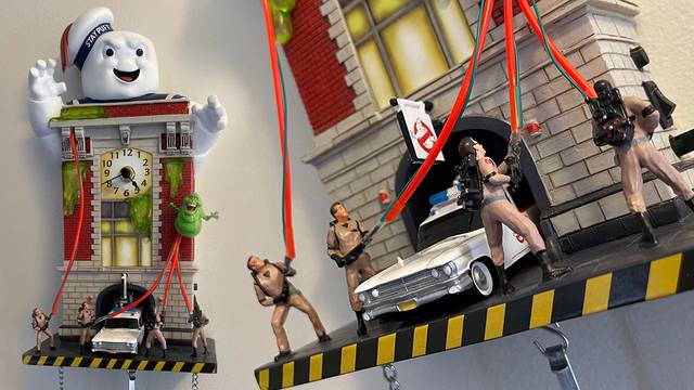 Ghostbusters Cuckoo Clock (Review)