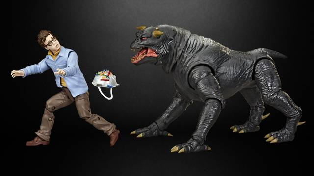 Hasbro Reveals New GHOSTBUSTERS Action Figure Set Featuring Tully's Terrible Night - GeekTyrant