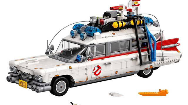 LEGO officially announce 18″ long Ghostbusters Ecto-1! Launching next week!