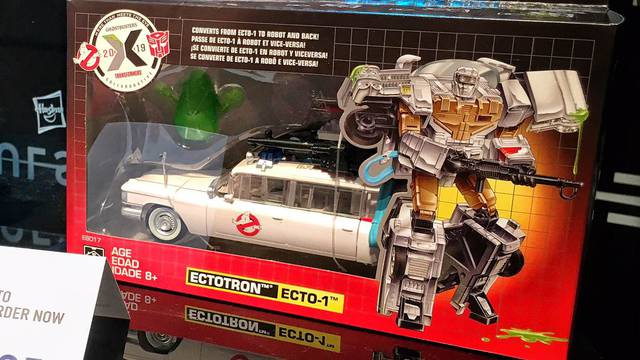 NEW YORK TOY FAIR: Hasbro reveals box art for Ghostbusters / Transformers mashup figure!