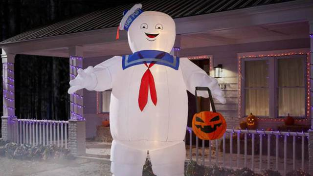 NOW AVAILABLE: New 10′ inflatable Ghostbusters Stay Puft Marshmallow Halloween decoration