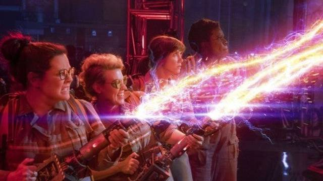 Paul Feig Explains Why He Rebooted Ghostbusters with an All-Female Team - Comicbook.com