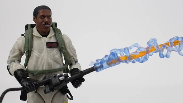 REVIEW: Hasbro's Ghostbusters Plasma Series: Winston Zeddemore