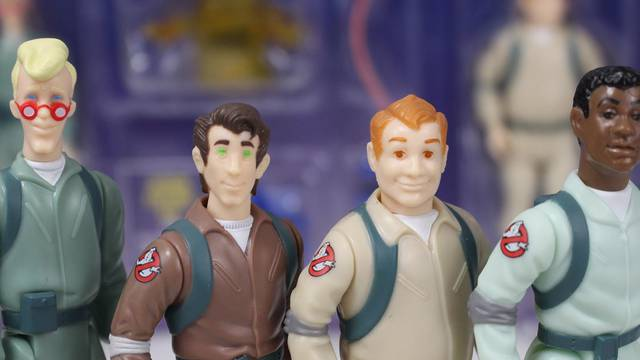 REVIEW: Hasbro's Real Ghostbusters Kenner Classics!