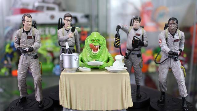 REVIEW: New 1:16 scale Ghostbusters figures from Hero Collector!