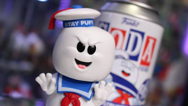 UNBOXING: Stay Puft Marshmallow Man Soda Vinyl Figure