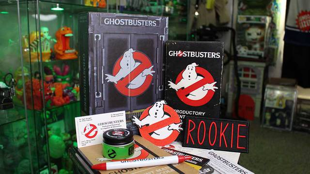 Unboxing the Ghostbusters Employee Welcome Kit + more! FAN MAIL FRIDAY! (Ghostbusters News Halloween Countdown)