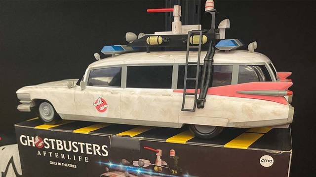 Update on the Ghostbusters: Afterlife Ecto-1 popcorn container availability + better idea on sizing!