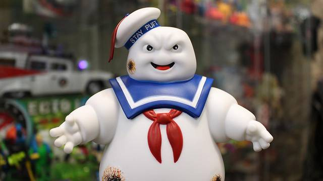 VIDEO: New Stay Puft Marshmallow Man Unboxing! (Halloween Countdown 2019)